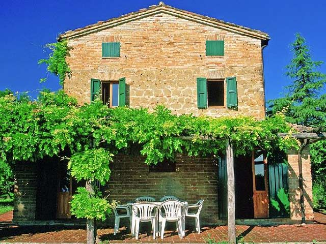 Podere sibilla | le marche holliday rent villa for small group and team building