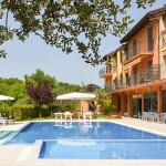 Residence loredana | le marche holliday rent villa for small group and team building