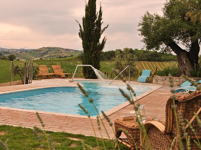 villa crinale Le marche holiday | rent villa for holiday in italy